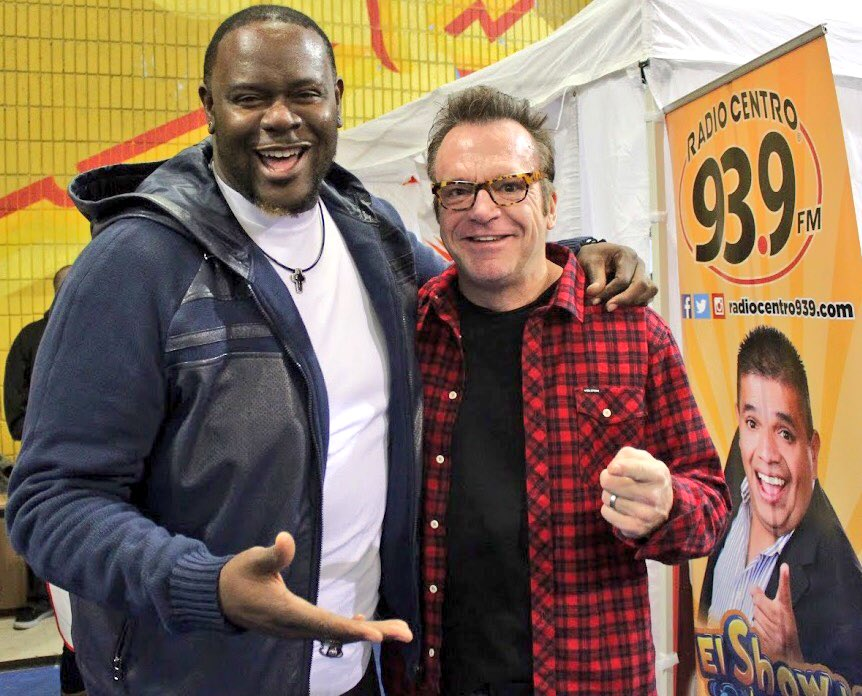 Having fun at a great cause for #kids w/ @TomArnold at the #Hollenbeck #Youth  Center's 34th Annual #Toy Giveaway! https://t.co/kChiDOkL1J