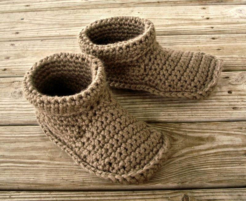Crocheted Slippers - Mens Crochet Slippers in Taupe - Mens Slipp… https://t.co/58TPwKSqkE #pixiebell #Size11Slippers https://t.co/hpTzgWTch4