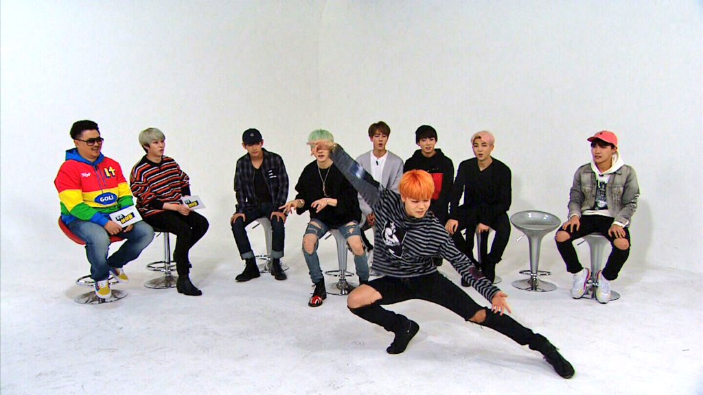 Picture] BTS at MBC Weekly IDOL [151214] |