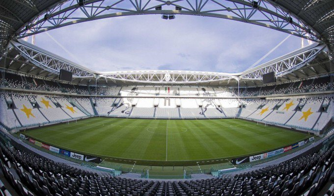"Juve-Napoli ""pan per focaccia"", Stadium vietato ai tifosi partenopei, solo diretta streaming"