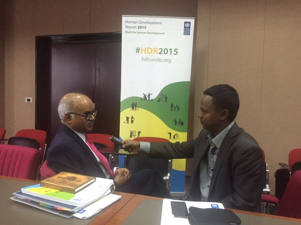 #HDR2015 Author Selim Jahan says Africa improving on life expectancy, one of the #HDI indicators https://t.co/LtiDXDTWsx