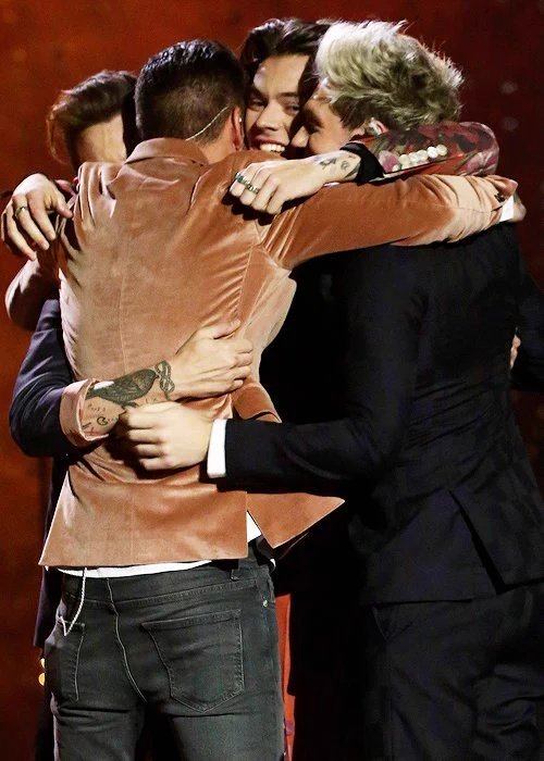 One Direction Played Their Final Show And Things Got Emotional