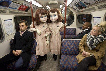 この人形が急に現れたら可愛いけど怖すぎるよwww
