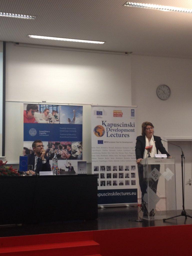 Zaboravljamo da je povijest Europe, povijest migracija kaže Irena Vojačkova-Sollorano @FPZGhr #KAPTalks @UNDPSerbia https://t.co/VEIkZI1h1G