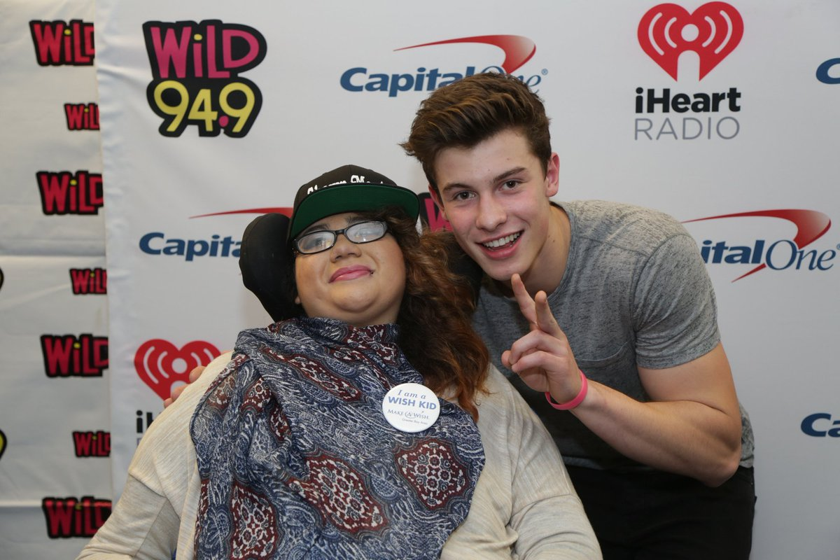 Jennifer, 16 with quadriplegia, got her #wish to meet @ShawnMendes at the Jingle Ball in Oakland! @iheartRadio https://t.co/8g7EdA8Oz1