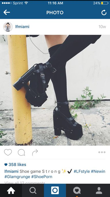 1 pic. I fucking looooove #lf and these shoes are to die for! Christmas wish list?! https://t.co/gAl