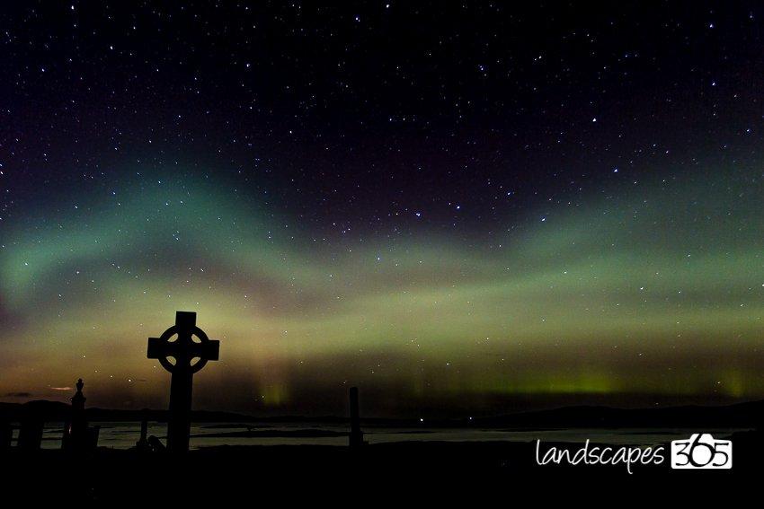 Great #aurora over Skye tonight... https://t.co/YENR7zvWaw
