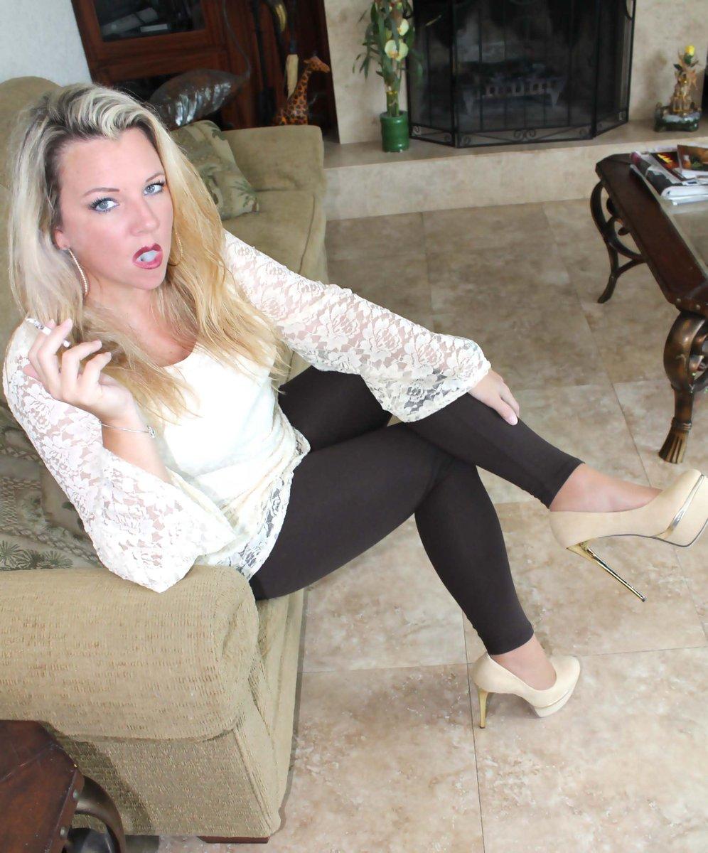 Opinion pantyhose smoking sexy heels same
