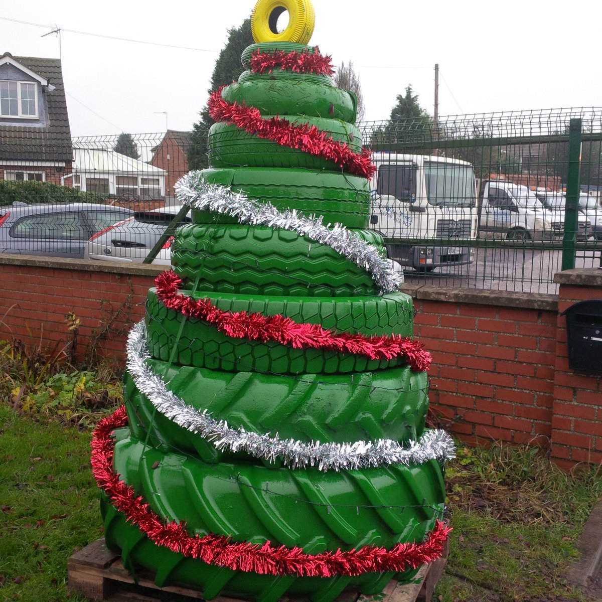Peter winn tyres on twitter we now have a tyre christmas for Snowmen made from tires