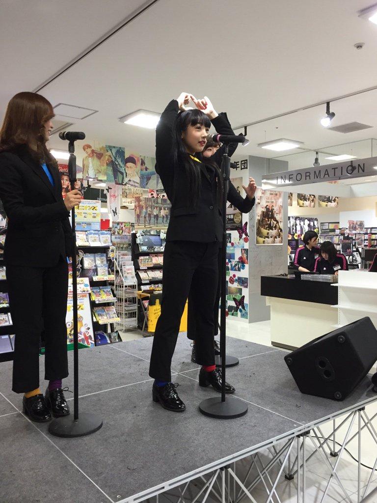 ゴキゲンRADIO/天井裏から愛を込めてリリース記念イベント@@HMVグランフロント大阪 #SRAM https://t.co/wEsHtcU8nf