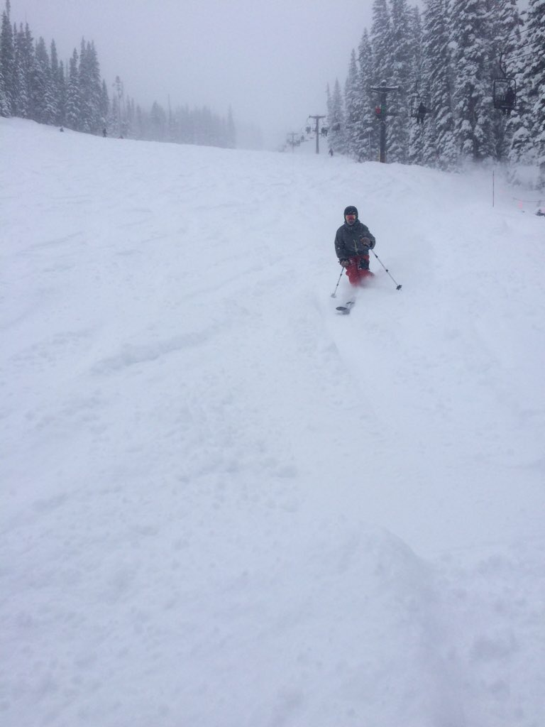 @WeatherMcHeffey insanity Powder @WinterPark https://t.co/7x41QbXDnO