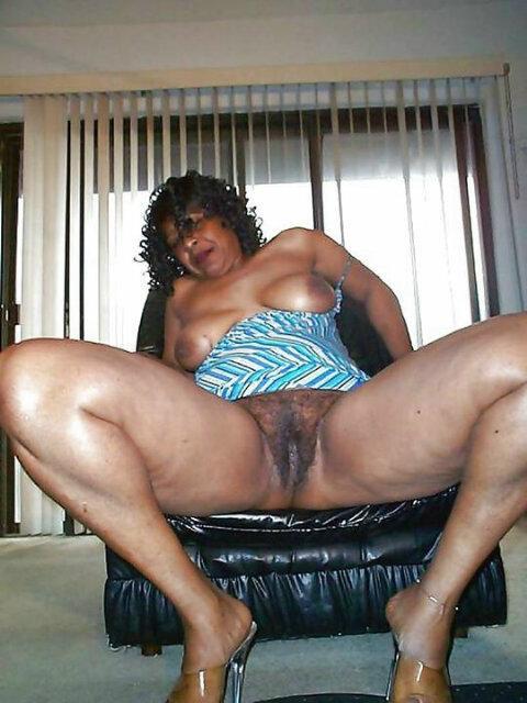 Mature Amateur Ebony Black Pic Gallery