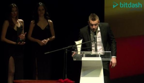 Gachevski speaks after accepting the award