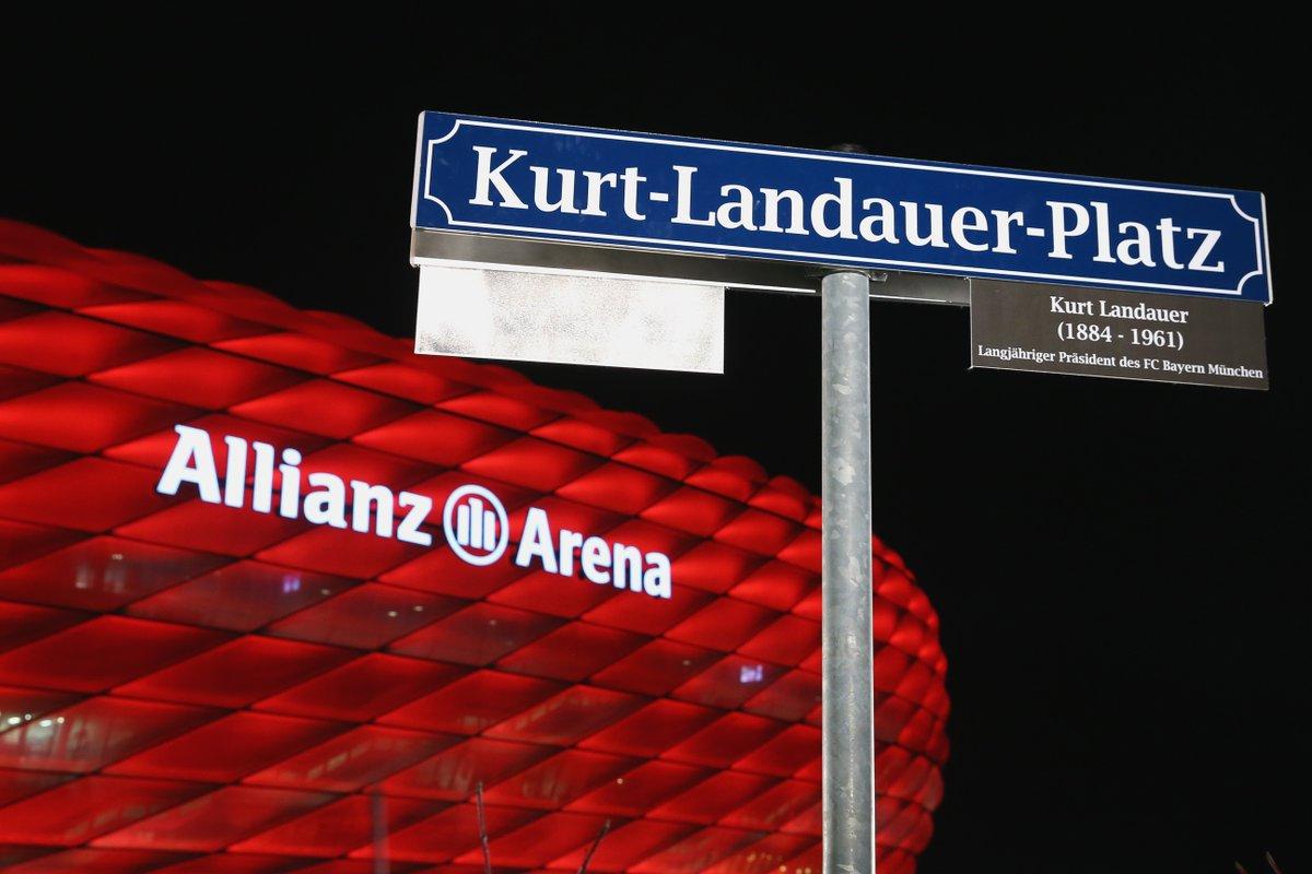 [Président] Kurt #Landauer {1913 - 1914} {1919 - 1921} {1922 - 1933} {1947 - 1951} CWSFXijW4AAZW0K