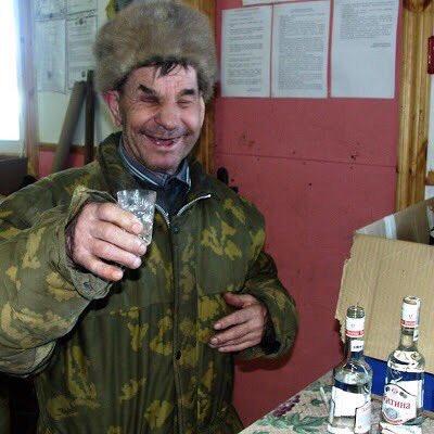 Russie : Economie, politique, diplomatie...  CWSHMZzWUAAyEgo