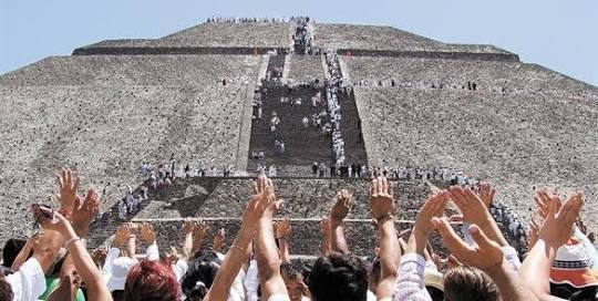 Piramide del Sole, Teotihuacan, in Messico