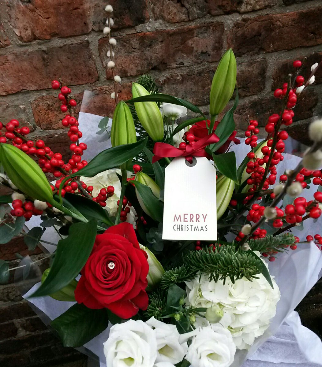 Christmas gift card bouquet ideas