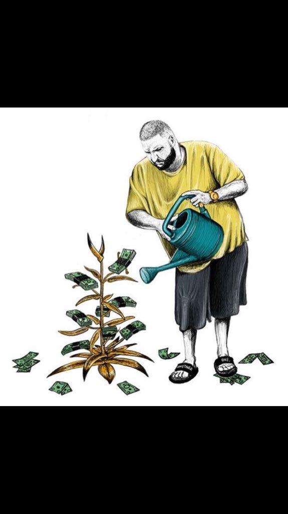 Find someone who treats you like DJ Khaled treats his plants https://t.co/HeOwwFoafQ