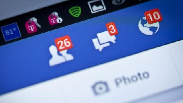 Facebook Snapchat e Twitter con il limite di età a 16 anni