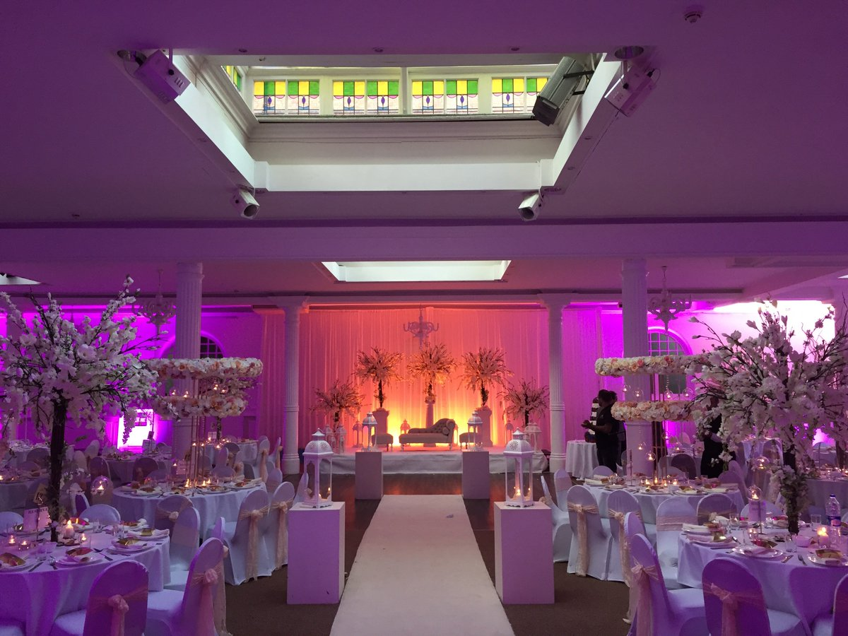 Rowton Hotel On Twitter Asian Wedding Venue In Birmingham City With Free Car Parking For 200 Cars Https T Co E1fpbvg84d
