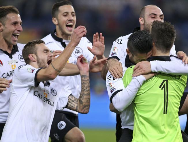 """Calcio: Carpi e Spezia eliminano le """"grandi"""" Roma e Fiorentina in Coppa Italia"""