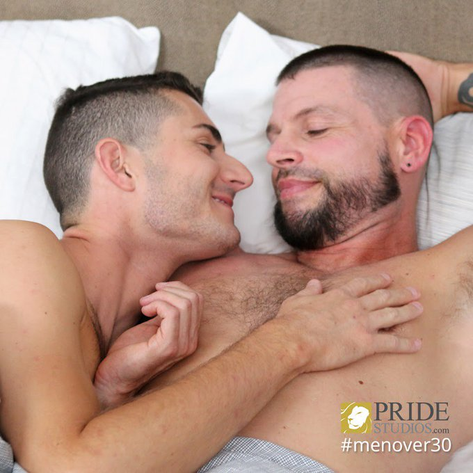 Get in bed with Tex Davidson + Robbie Carusso, NEW for @DylanLucasXXX on https://t.co/uXWpnsLqTi!  ❤️