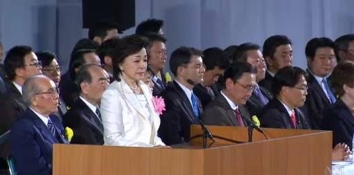 うすきみわるい 【海外から見た「日本会議」】オーストラリア国営放送ABCが「日本会議」を取り上げました。これまでの海外メディア同様、日本最大の極右団体として放映。 https://t.co/9PIqHpSurj https://t.co/bMpbT6fZQ8