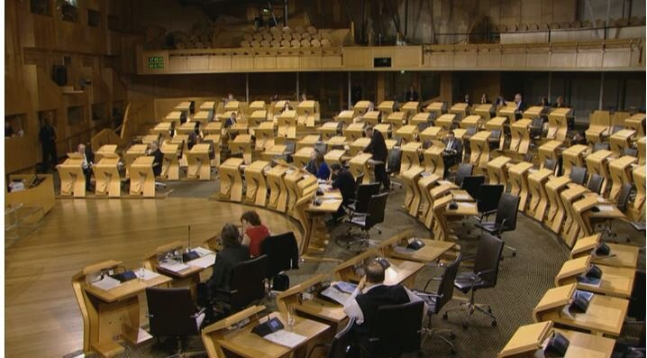 SNP MPs have made a big deal of empty chamber in House of Commons. This was land reform debate today in Holyrood. https://t.co/nOKZUw2bih