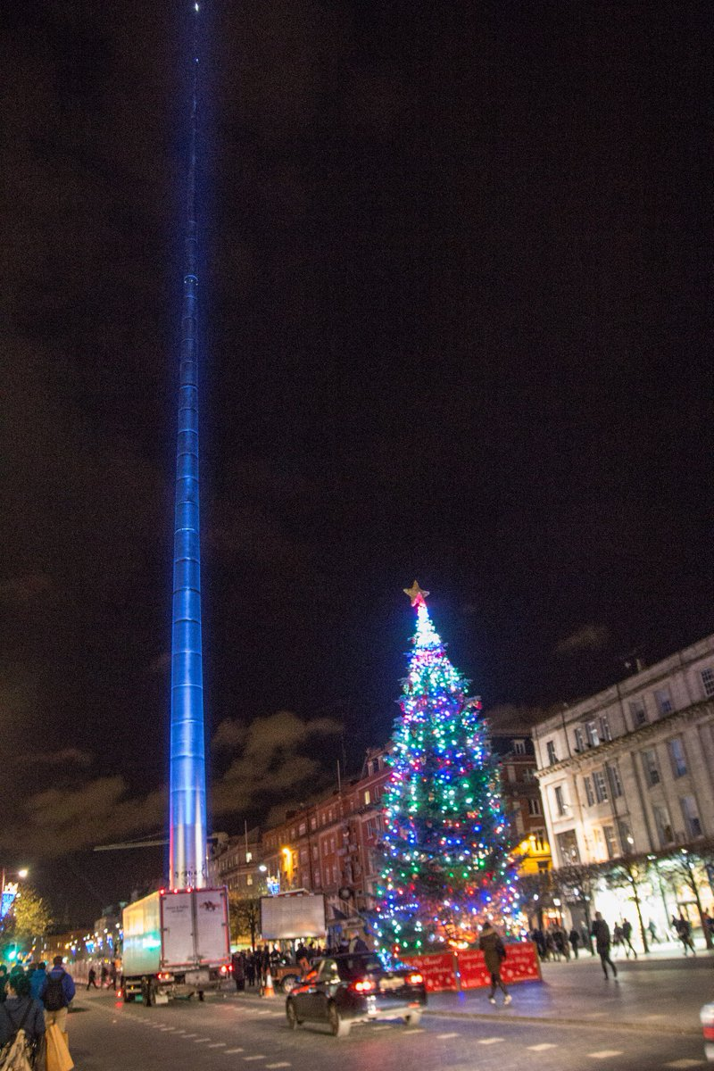 declan gilmore on twitter olliemagic very cool the spire in dublin looks like a lightsaber for the launch of star wars httpstcoksbmv0hcwf well