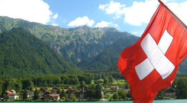 Svizzera al Referendum per pagamento garantito per tutti anche senza lavorare