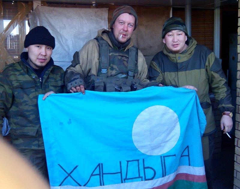 Террористы пытались атаковать позиции сил АТО вблизи Майорска и Марьинки: враг понес потери и отступил, - штаб - Цензор.НЕТ 9310