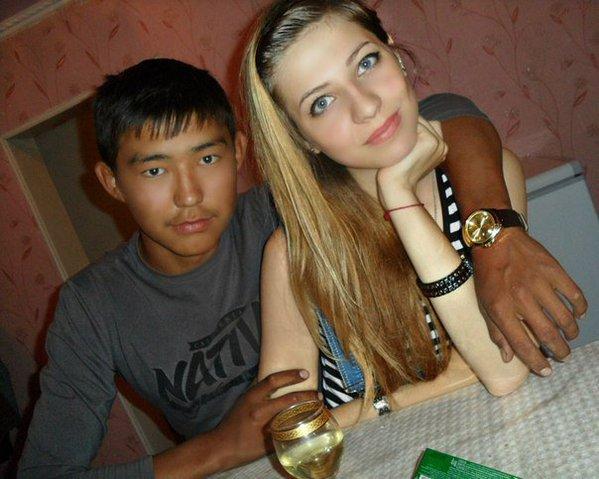 девушка с хачем фото - 1