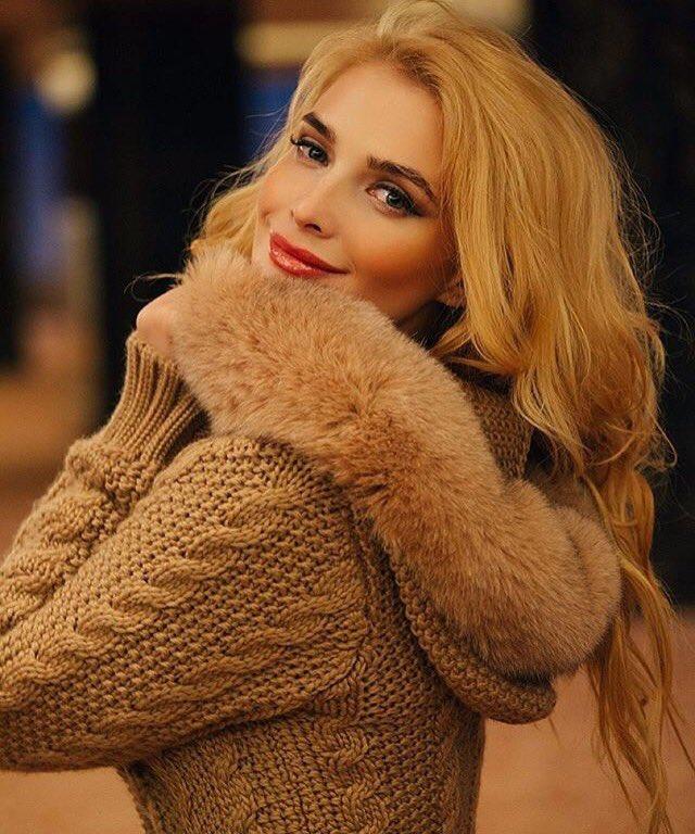 Tatyana Tatiana-kotova  - А за окном з twitter @Kottova