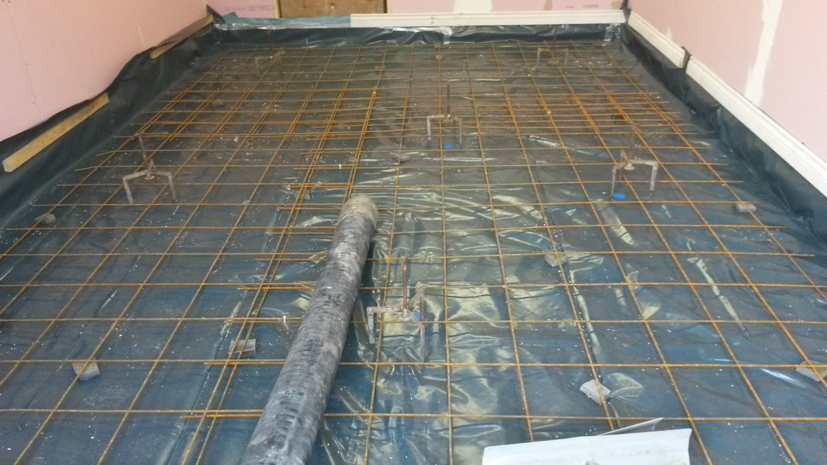 flo screed on twitter agilia floor to be laid for garage floor in llanellen. Black Bedroom Furniture Sets. Home Design Ideas