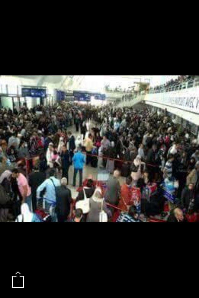 استقبال سهيلة لشهب بجمهور كبير مطار الجزائر 17/12/2021 لحظه وصول سهيله نجمه ستار اكاديمى مطار الجزائر