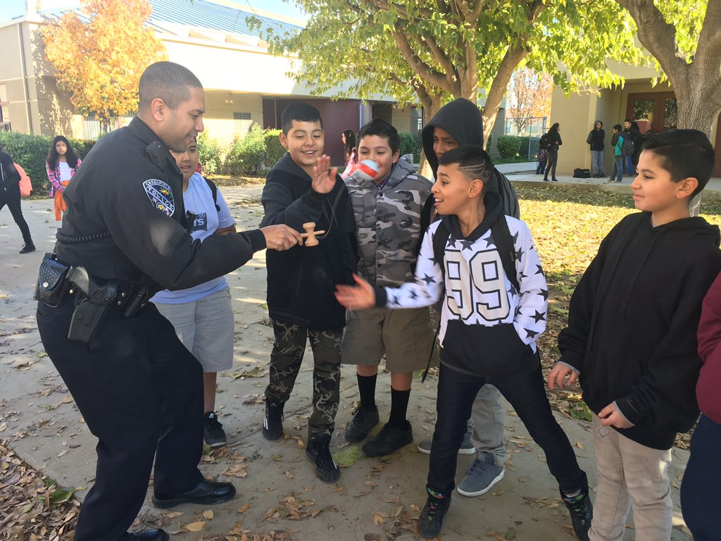 Greenfield Police On Twitter Officer Webb Interacts With Students