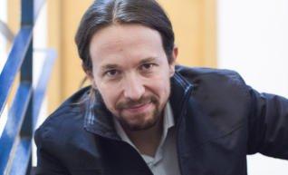 """ENTREVISTA @Pablo_Iglesias_: """"Miedo dan otros: los corruptos, el paro, la precariedad"""" https://t.co/tsAsB0hpNA https://t.co/Rk7bxUllYH"""