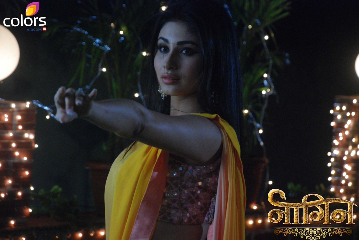Mouni Roy In Naagin Image Pictures