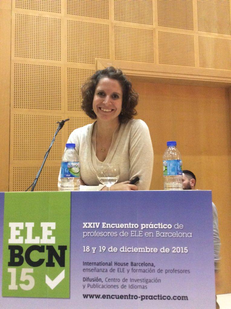 En breve empezamos la ponencia de @rllopis_CU #elebcn #twitterele https://t.co/IaOSUTpvtA