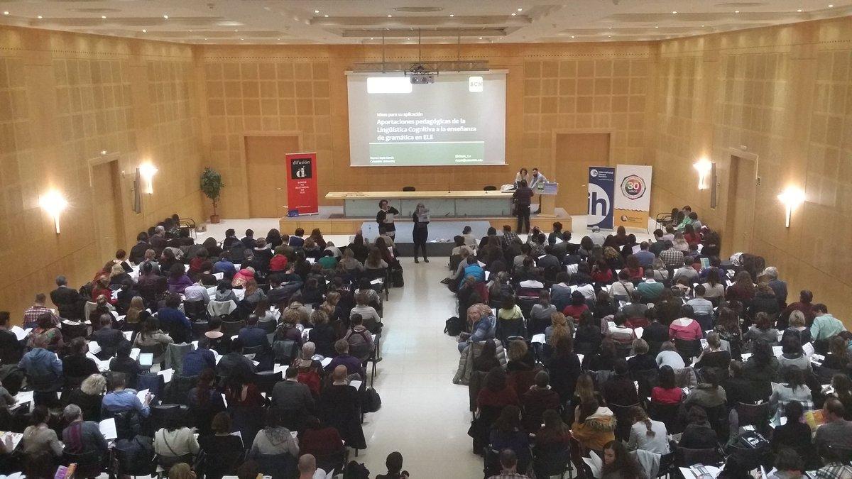 Presentamos a @rllopis_CU... ¡Comenzamos! #ELEBCN #profesELE #twitterELE https://t.co/7SV1FjYcqv