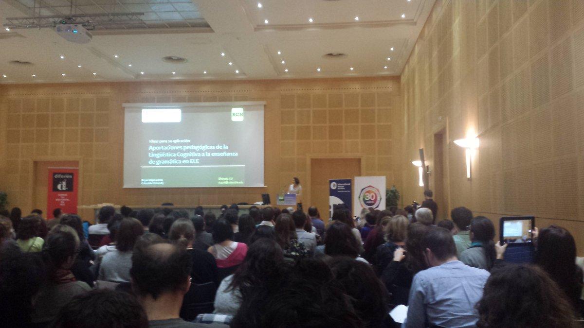 La charla más deseada de hoy en #elebcn con @rllopis_CU Aportaciones pedagógicas de la Lingüística Cognitiva en ELE https://t.co/UvrHFfhblT
