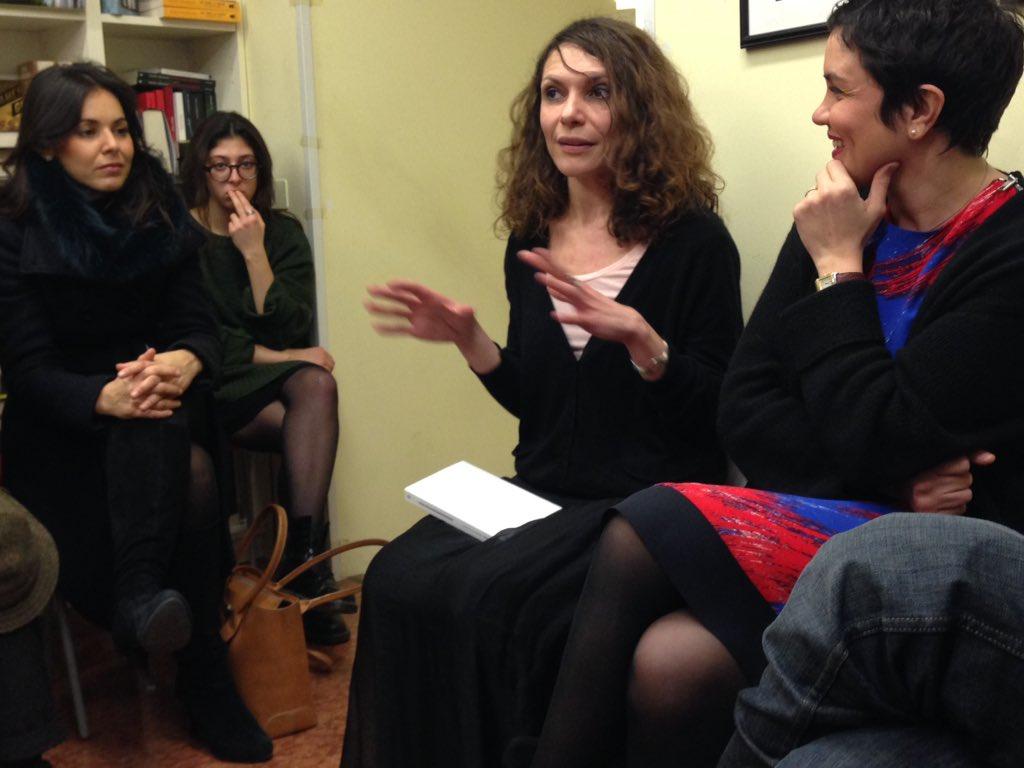 1º evento #exbo 2015: @emmecip con Federica Iacobelli autrice di Storia di Carla. Lasciare l'Italia per ritrovarsi https://t.co/608NaZmuSc