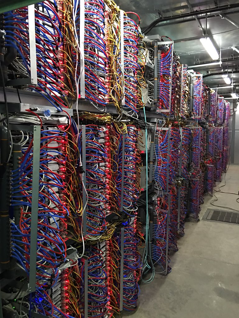Ovh BHS servers powered DC watercooling PUE days | Octave