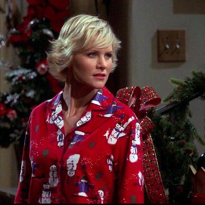 Josie Davis Christmas 82508 | NEWSMOV