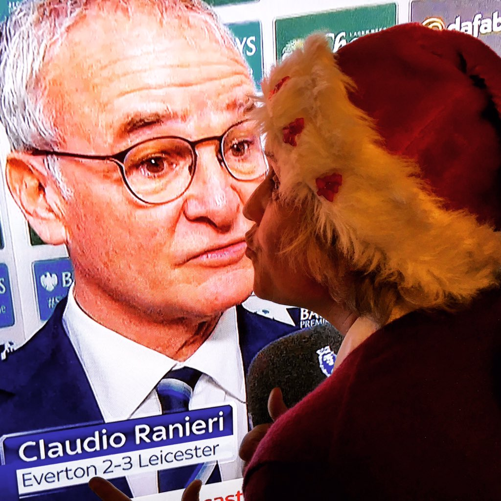 Christmas Kiss 2.Michael Whitehall On Twitter Mrs Whitehall Giving Claudio