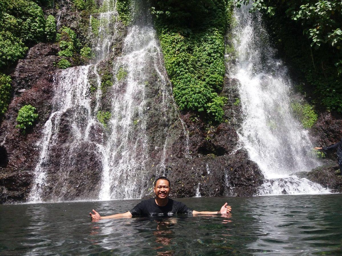 Rute Baru Tiga Air Terjun Serangkai di Kampung Anyar https://t.co/OfMqWkbk7c @banyuwangi_kab https://t.co/j54BeR1fsm