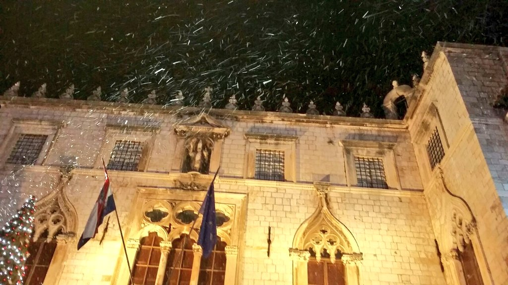 Snow  ❄ In  ❄ Dubrovnik  ❄ #CroatiaFullOfMagic https://t.co/fUywyEVXZ4