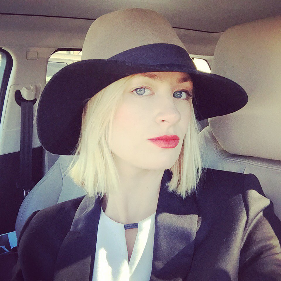 Beth Behrs orioles