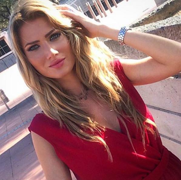 Foto di Mireia Lalaguna Miss Mondo 2015