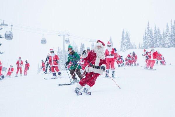 Santa arrived today @WhistlerBlckcmb! #littlethingswhistler